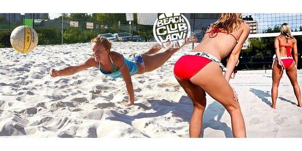 Plážový volejbal v Beach Klubu Ládví