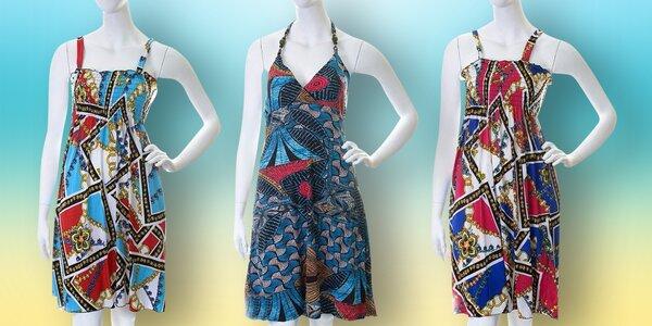 Vzorované letní šaty ke kolenům
