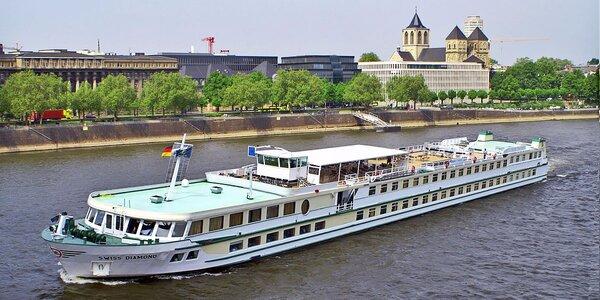 Plavba po Dunaji s plnou penzí a wellness