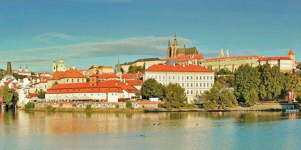 Léto i podzim v prosluněné Praze se snídaní
