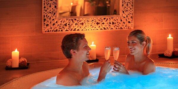 Privátní sauna a whirlpool Infinit pro dva