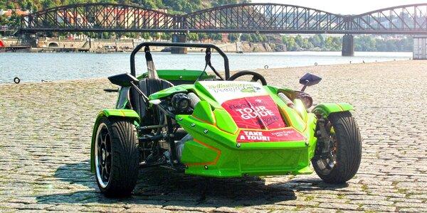 Jízda v motorové tříkolce včetně paliva