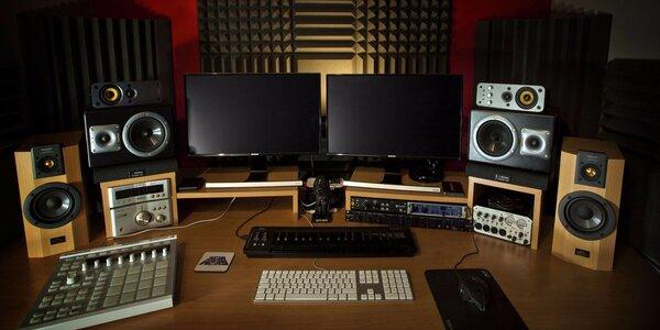 2 hodiny v profi nahrávacím studiu a 50 CD