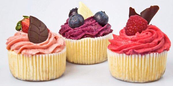 Svěží minicheesecaky s ovocným mousse