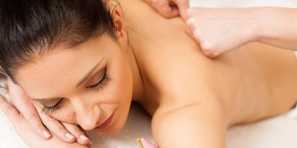 Relax při hodinové masáži dle výběru