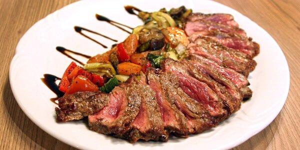 Dva šťavnaté steaky z roštěnce vč. přílohy