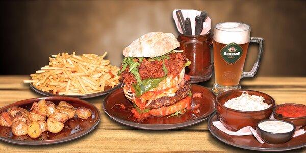 Obrovitánský burger s horou příloh pro 4 osoby