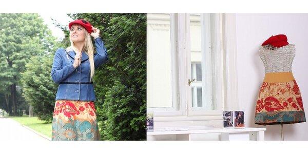 Poukaz na model z rukou módní návrhářky značky Martinez včetně fashion…