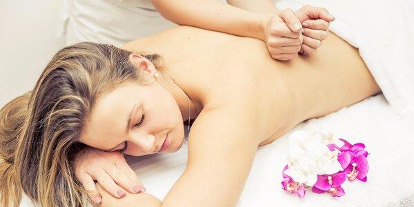 Havajská relaxace - 90minutová masáž Lomi Lomi
