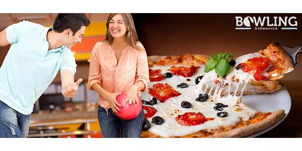 Hodina bowlingu až pro 6 osob + italská pizza
