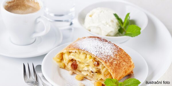 Káva a dezert v cukrárně Mama's Baking