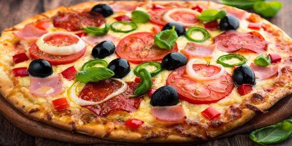 Poskládejte si pizzu o průměru 40 cm v La Speranza