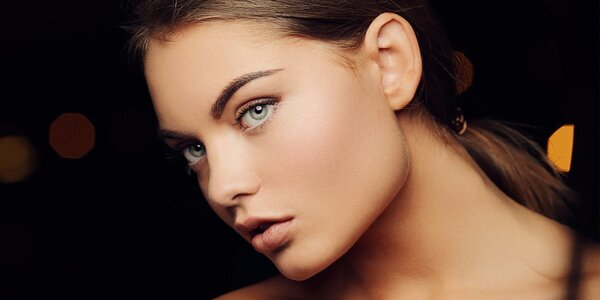 Důkladné omlazení a vyčištění obličeje a dekoltu