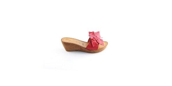 Dámské červené pantofle Miss Butterfly