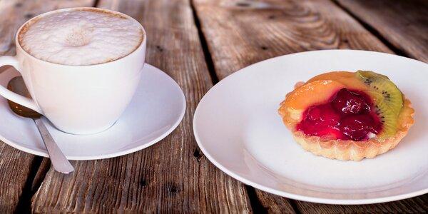 Voňavá káva s domácím zákuskem v Mlsné Trnce