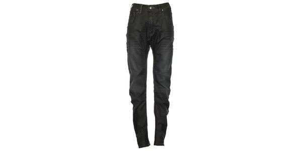 Dámské černé džíny s lehce sníženým sedem Exe