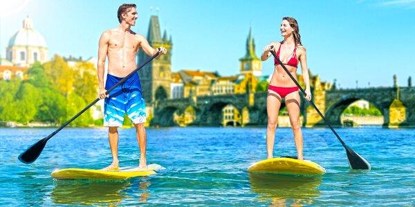 Hodinová jízda na paddleboardu v centru Prahy