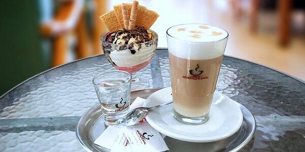 Zmrzlinový pohár + káva nebo limča ve FOX caffé