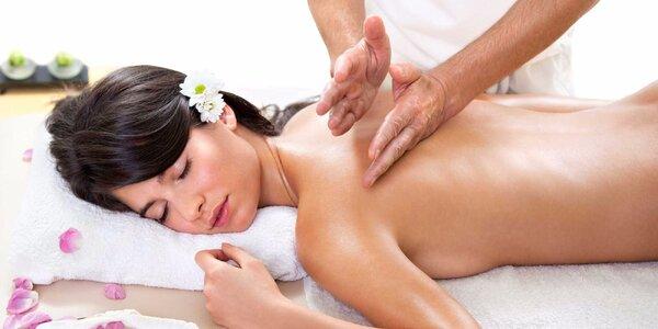 Relaxační masáž zad a šíje s možností permanentky
