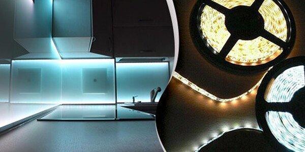 Výkonný LED pásek pro osvětlení interiéru