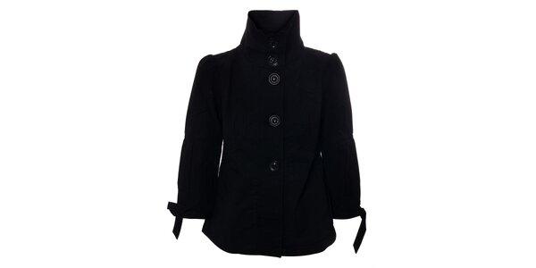 Dámský černý kabátek Timeout s vysokým límcem a 3/4 rukávy