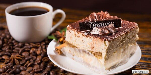 Vaše sladká chvilka: Domácí tiramisu a espresso