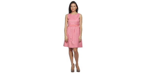 Dámské šaty v barvě rozketlého růžového keře Red Valentino