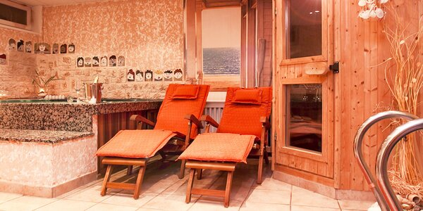 2 romantické hodiny v sauně a masáž pro dva