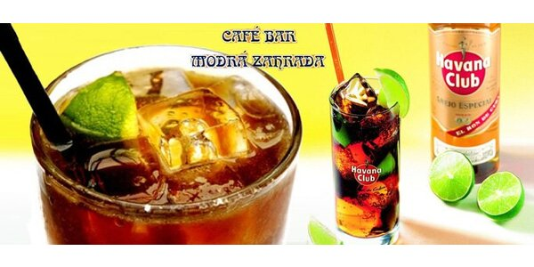 Kýbl skvostně namíchaného drinku Cuba Libre. Pravé kubánské osvěžení v Modré…