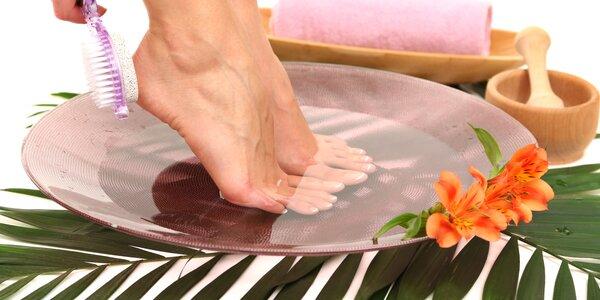 Luxusní SPA pedikúra s masáží nohou