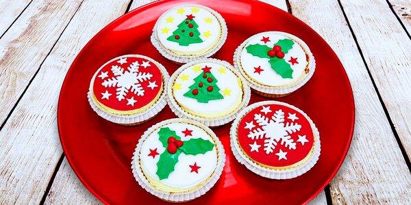 Nadýchané cupcaky s vánočními a zimními motivy