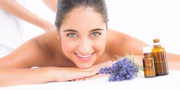 Aromaterapeutická masáž pro ženy se zábalem