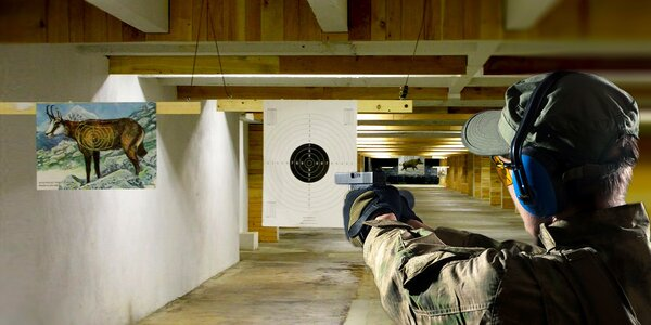 Střelecký balíček pro 2 ve střelnici Guncenter