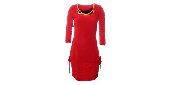 Dámské červené šaty Via Bellucci se zlatými korály