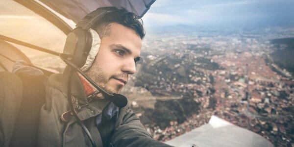 Mezi mraky: Vyhlídkový let motorovým kluzákem