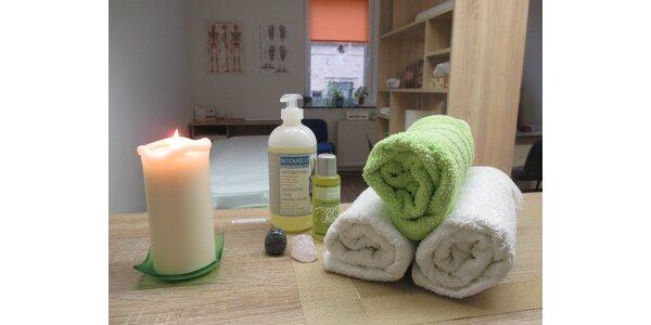 Uvolňující relaxační masáž aromatickým olejem