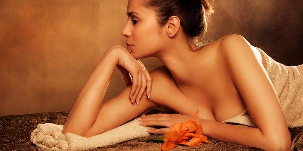 Pohoda a relax: Hodinová thajská masáž a nápoj