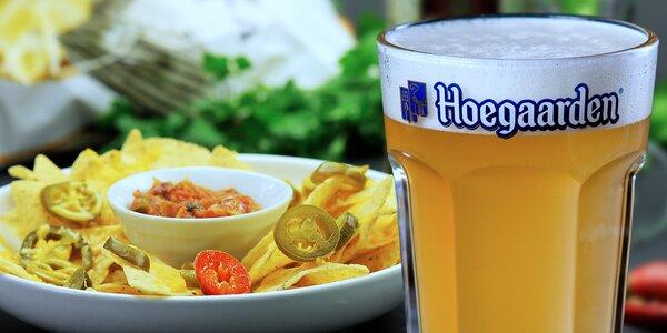Höegaarden s nachos nebo cibulovými kroužky