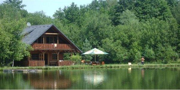 Pronájem chaty na 7 nocí u Radhošťského rybníku - Trojanovice