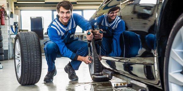 Pro jízdu bez smyku: Kompletní přezutí pneumatik