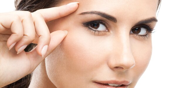 Ošetření očního okolí na bázi retinolu