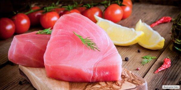 2 kg zmrazených steaků z tuňáka žlutoploutvého
