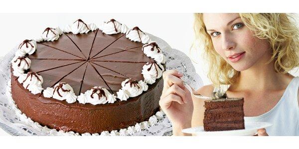 Sacher dort z kvalitních domácích ingrediencí