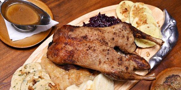 Staročeské hody: Pečená kachna, zelí a knedlíky