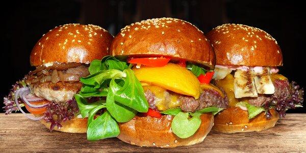 Burger s vůní dálek, hranolky a vánoční speciál