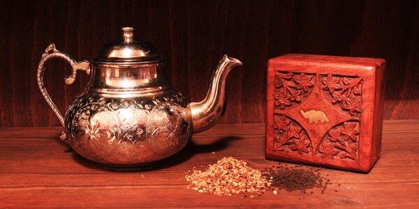 Kořeněný Masala chai nebo himalájské čaje