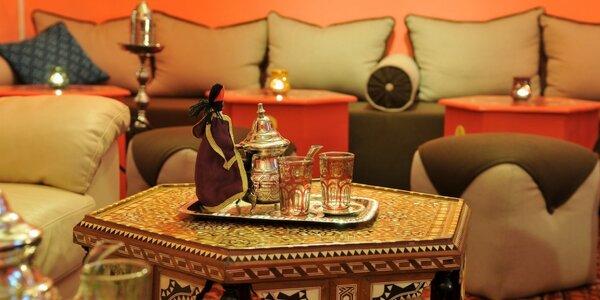 Vodní dýmka a konvička libovolného čaje