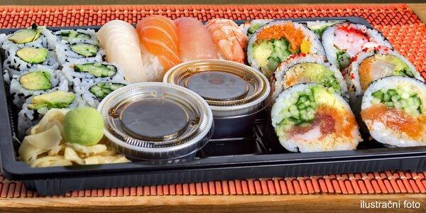 32 kusů sushi s sebou