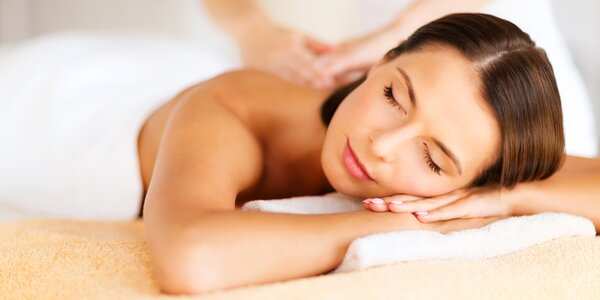 Luxusní masáž bio olejem lisovaným za studena