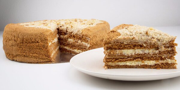 750g lahodný medový dort pro sladší den